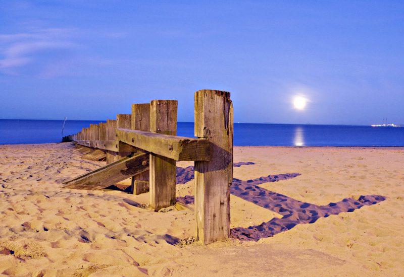 PORTOBELLO BEACH BY NIGHT